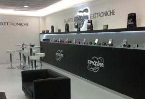 Smooke Aeroporto Torino Caselle. Galleria commerciale. Store Smooke