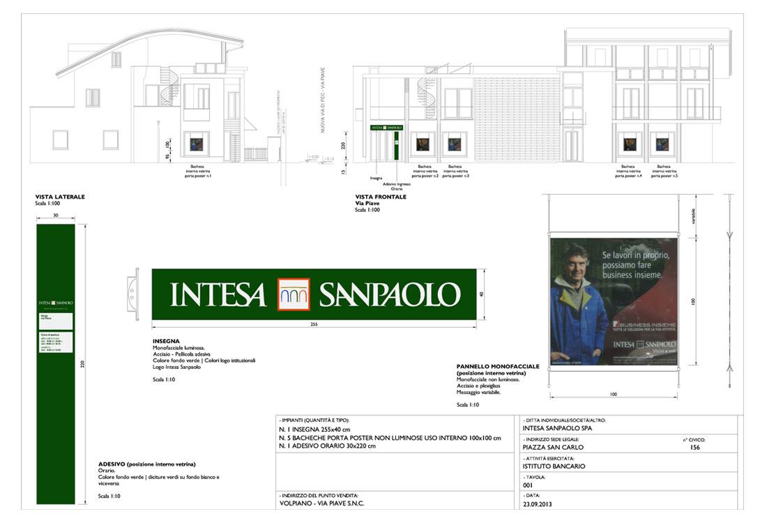 Tavola presentazione del progetto insegne al Comune di Volpiano. Insegna Intesa Sanpaolo e bacheche porta manifesti interno vetrine.